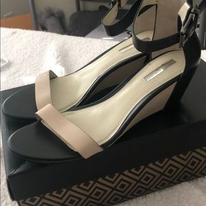 BCBG small wedge cream and black shoes